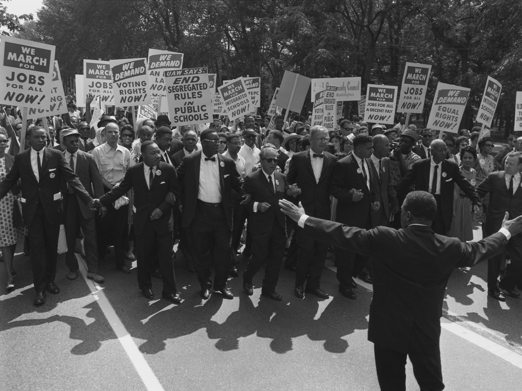 racial politics and understanding the civil rights movement in the u.s. essay On the 40th anniversary (1960-2000) of jackson's civil rights movement, the jackson sun is recording - for the first time - the events that led to massive changes in.