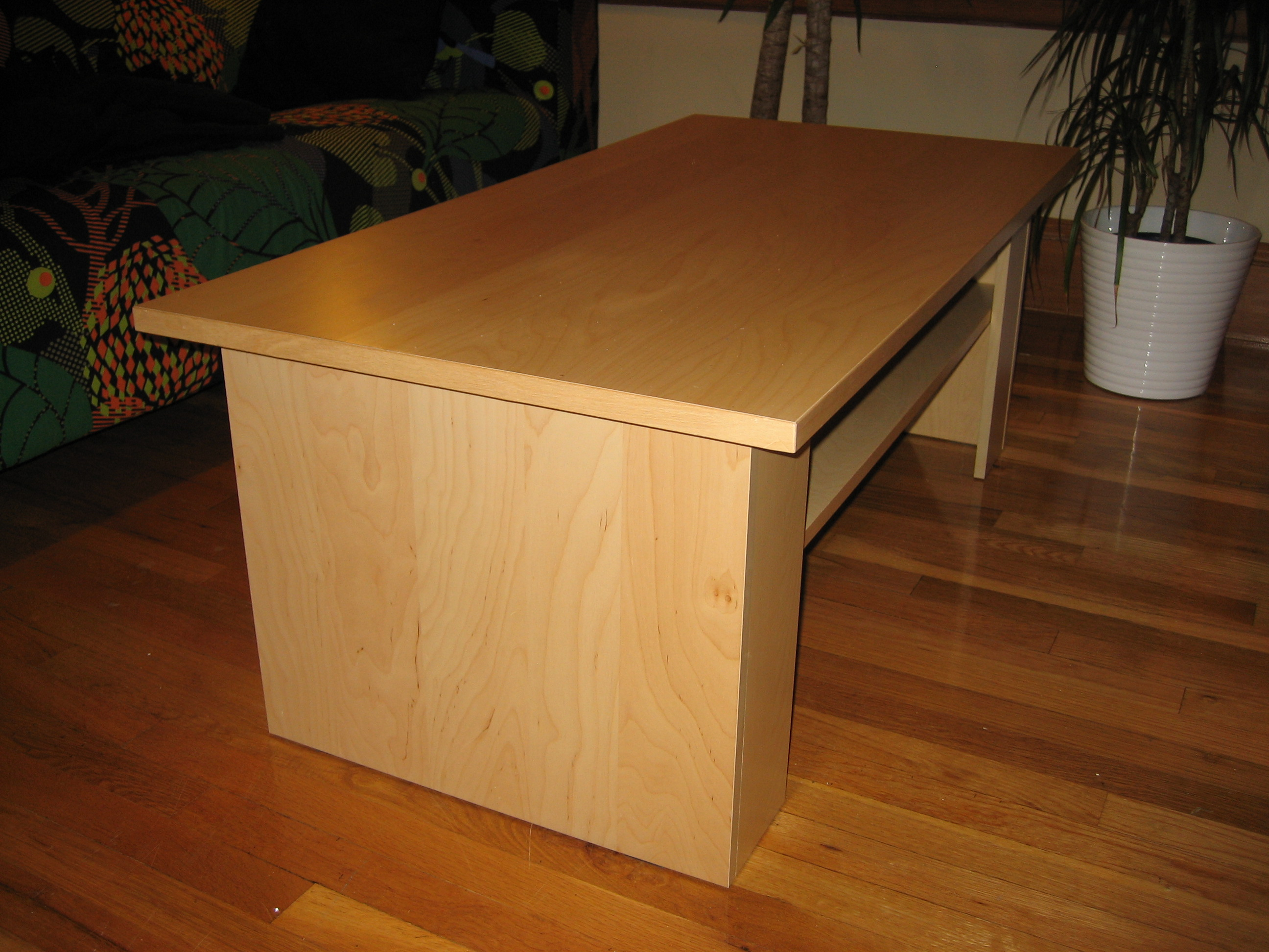 IKEA BENNO coffee table