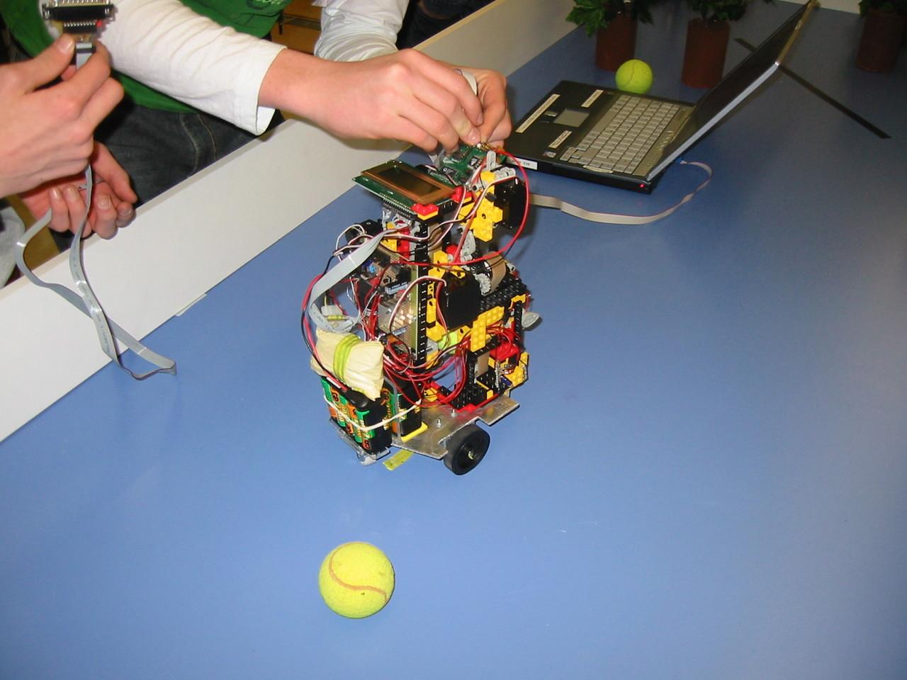 Roboking 2005 Robot
